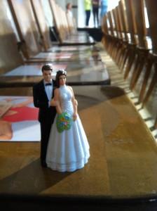 Das Brautpaar bereit. Die Traumeisterin auch. Die Models in der letzten Probe. Start frei!