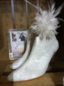 So mancher Brautschuh beflügelte unklassische Ideen in Sachen Brautmode.