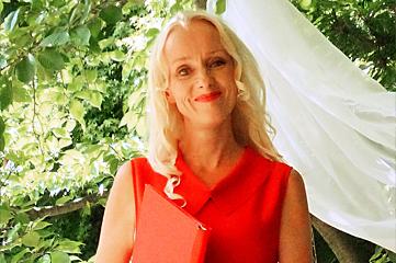 Trauredner München, Traurednerin Anja Hackl, Maßschneiderin für Eure freie Trauung